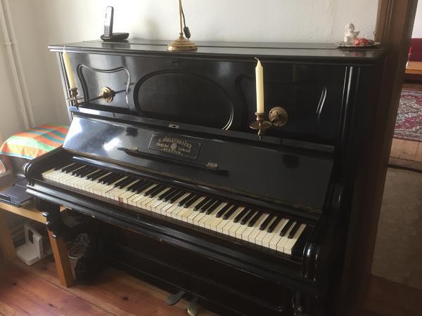 schönes altes Klavier » Tasteninstrumente