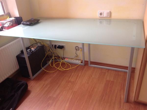 Schreibtischplatte glas  Schreibtisch Platte aus Glas Füße aus Metall in Kernen - Büromöbel ...