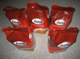 Bild 4 - Segafredo Intermezzo Kaffeebohnen Bohnenkaffee Kaffee - Birkenheide Feuerberg