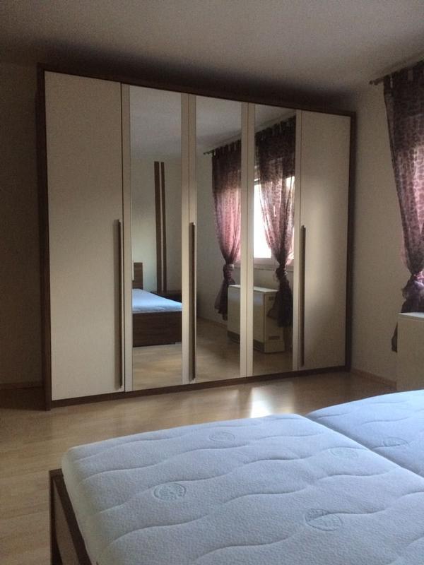 Sehr schönes hochwertiges Schlafzimmer vom Möbel Höffner in ...