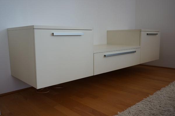 sideboard wandmontage. Black Bedroom Furniture Sets. Home Design Ideas