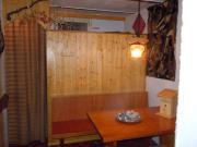 Sitzbank-Tisch vom