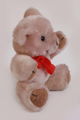 Sonstiges Kinderspielzeug - Süßer kleiner weicher beiger Teddybär