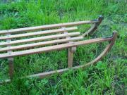 Superstabiler Holzschlitten