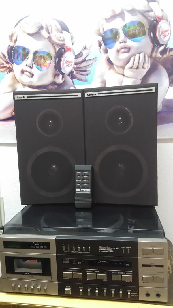 tolle alte stereoanlage in altach stereoanlagen t rme. Black Bedroom Furniture Sets. Home Design Ideas