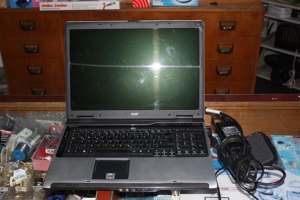 TOP LAPTOP COMPUTER 249 99E