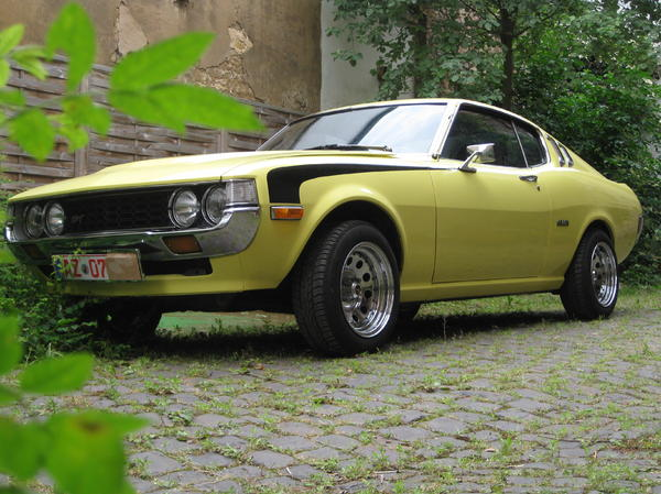 toyota celica fastback coup 1 serie 1977 in erbes. Black Bedroom Furniture Sets. Home Design Ideas
