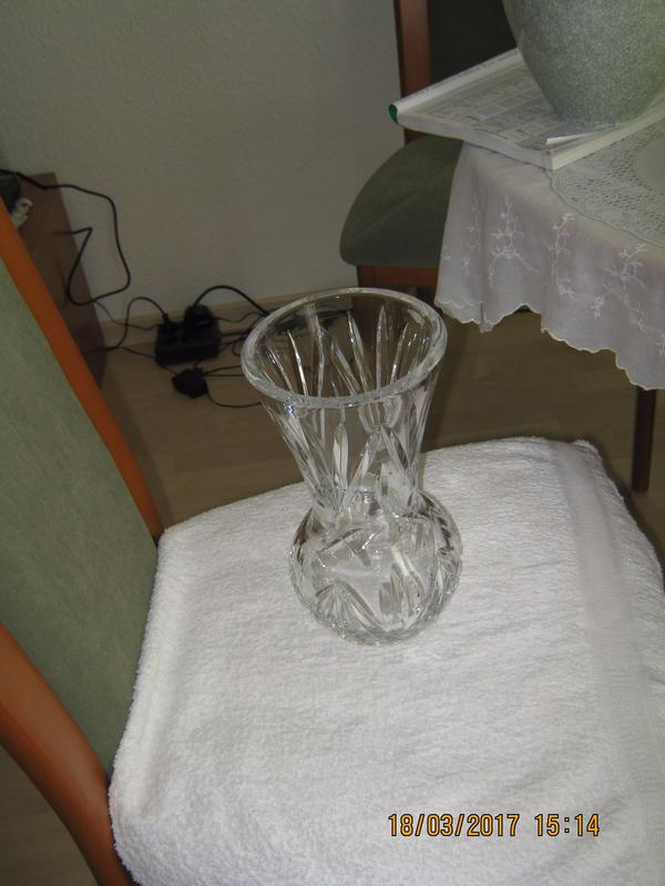 Vase Aus Glas In Berlin Glas Porzellan Antiquarisch Kaufen Und