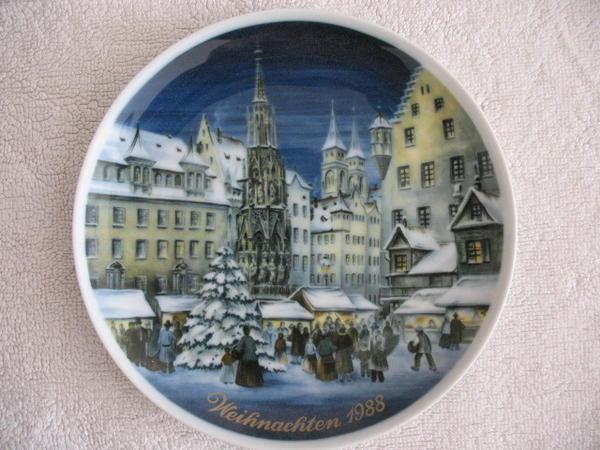 Wandteller Sammelteller Porzellan Jahresteller 1988