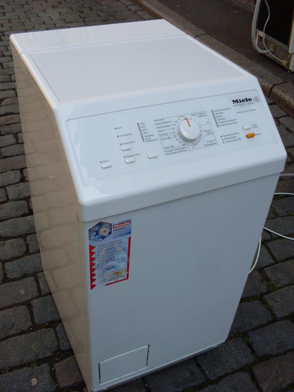 Waschmaschine Miele W 254 - Stuttgart Mitte - Bitte die Fotos anschauen, dann kann ich auf das übliche Blabla verzichten. Die Waschmaschine ist natürlich in Ordnung im sieht gut aus. Das ist ein ehrliches Gerät für ehrliche Leute. Nochmal die Telefonnummer: 0711/620 93 181. Frag - Stuttgart Mitte