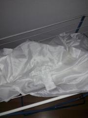 weißer langer Vorhang