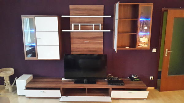 tv wand neu und gebraucht kaufen bei. Black Bedroom Furniture Sets. Home Design Ideas