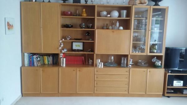 Wohnzimmerschrank Zu Verschenken! In Nürnberg - Biete Kostenlos