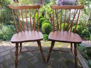 Zwei Eiche Stühle